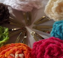 how-to: crocheted flower hair clips