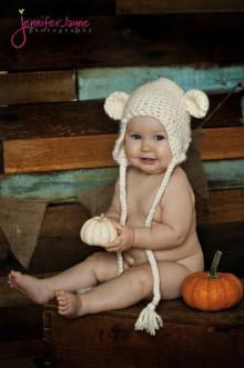 how-to: crochet amigurumi baby hat
