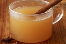 recipe: hot spiced apple cider
