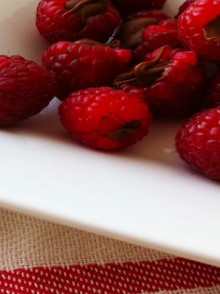 recipe: chocolate filled raspberries