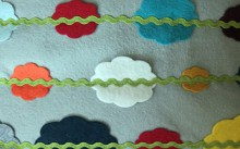 how-to: felt garland pillow