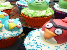 how-to: angry birds cupcakes