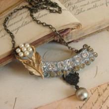 sweet, sublime, simple vintage jewelry