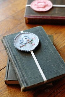 how-to: embroidered bookmarks