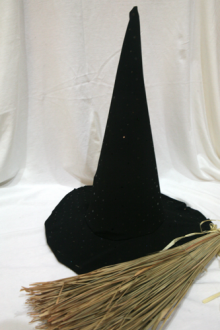 how-to: make a witch's hat