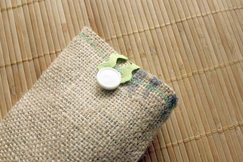 burlap sunglasses case button