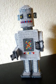 diane gilleland's supremely awesome plastic canvas robot