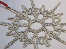 project: crocheted snowflake ornaments