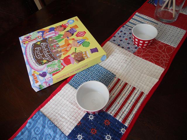 make  runner  packs craft runner table pack  handmade, easy crochet, charm free charm patterns table
