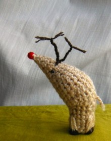 how-to: amigurumi crocheted rudolph the red-nosed reindeer