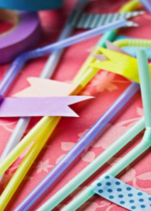 how-to: washi tape party straws