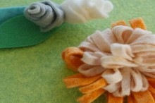 how-to: classic felt flowers