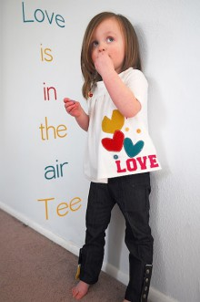 how-to: heart applique valentine's day tee