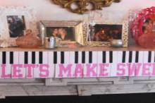 piano keys garland