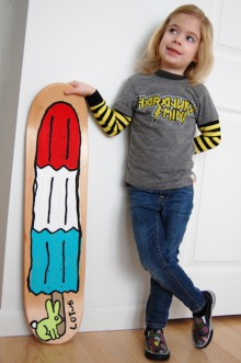 diy: paint a skateboard deck
