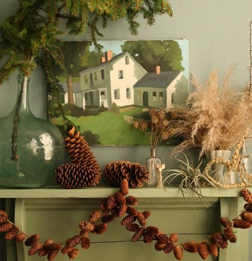 design_sponge_pinecone-garland.jpg