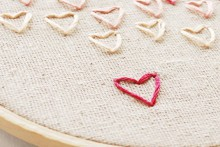 how-to: stitch embroidered hearts