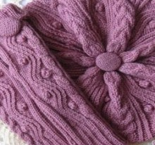 beautiful gift for women: knitting beret, scarf