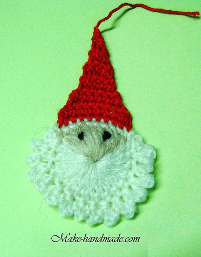 http://make-handmade.com/wp-content/uploads/2011/12/christmas-crafts-ideas-easy-santa-crochet-tutorial-make-handmade-56322140936_e25d0697f2.jpg