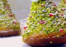 "christmas recipes: sponge cake ""christmas tree"""