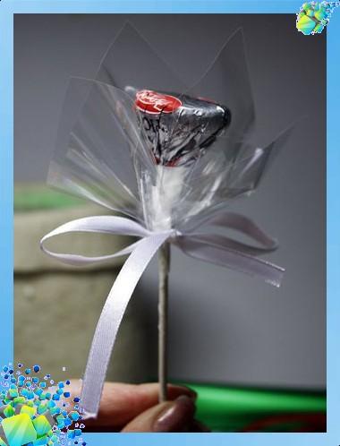Новогодний сапожок с конфетами букеты +из конфет +как делать