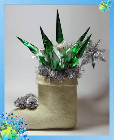Новогодний сапожок с конфетами