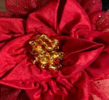 holiday craft ideas: beautiful poisettia flowers