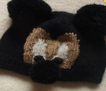 mickey hat for kids: free knitting patterns