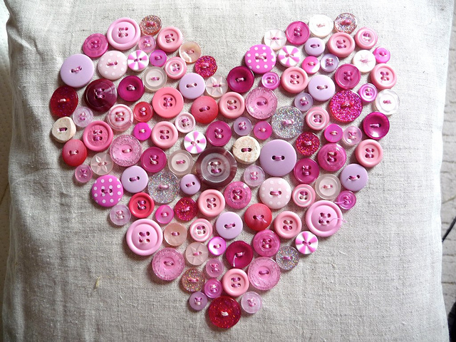 Valentine crafts crochet heart buttons heart pillow for valentine