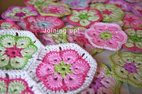 african flower / paperweight granny: free crochet patterns