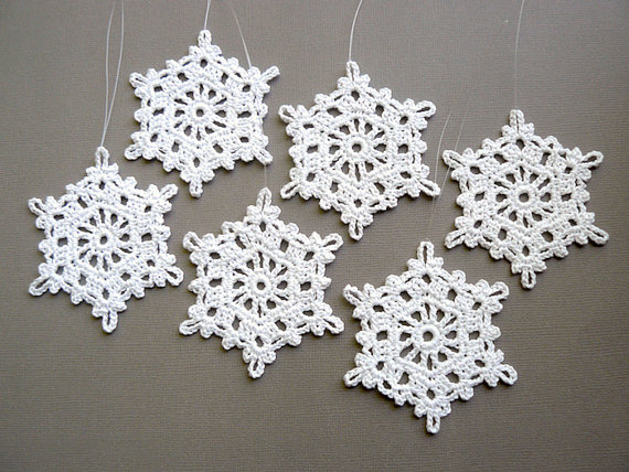 Crochet Snowflake Ornaments — Large Snowflake T87, in White