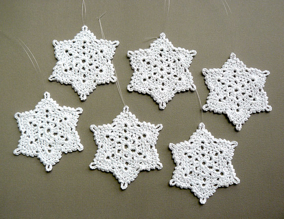 6 Crochet Snowflake Ornaments -- Large Snowflake T87, in White