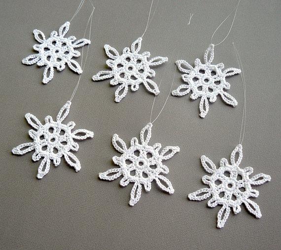 6 Crochet Snowflake Ornaments -- Medium Snowflake T3, in White