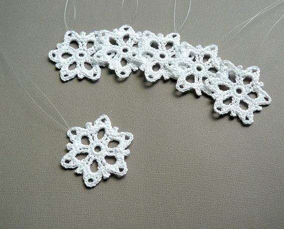 6 Crochet Snowflake Ornaments -- Small Snowflake T34, in White