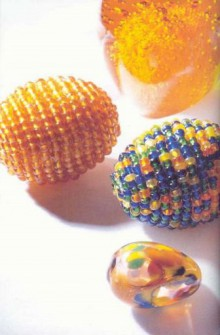 gift for easter: easter egg from the beads.