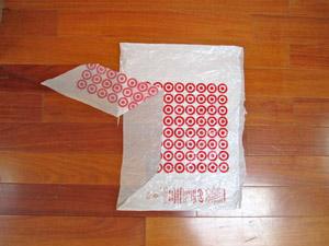 Корзина из пластиковых пакетов - идеально для дачи