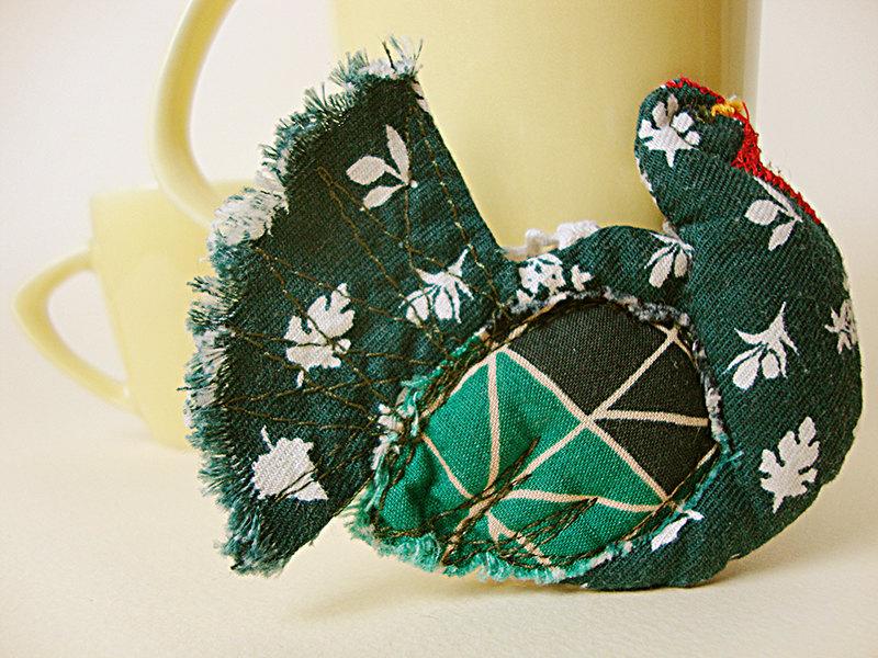 http://make-handmade.com/wp-content/uploads/2012/02/handmade-fiber-art-make-handmade-11il_fullxfull.270989332.jpg