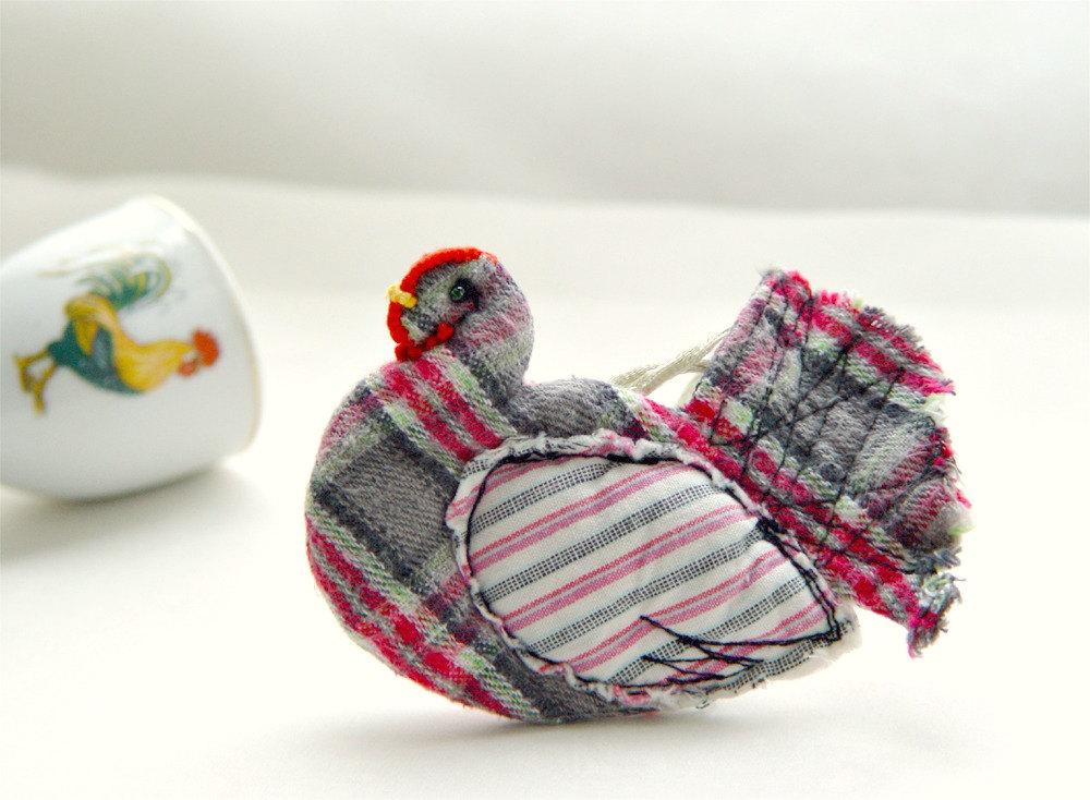 http://make-handmade.com/wp-content/uploads/2012/02/handmade-fiber-art-make-handmade-8il_fullxfull.305281440.jpg