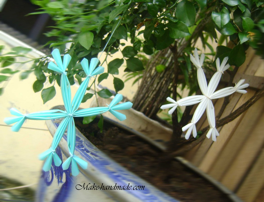christmas crafts: snowflakes with plastic straws