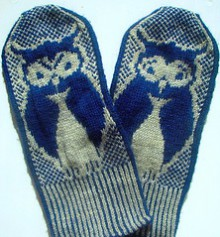 knitting owl mittens