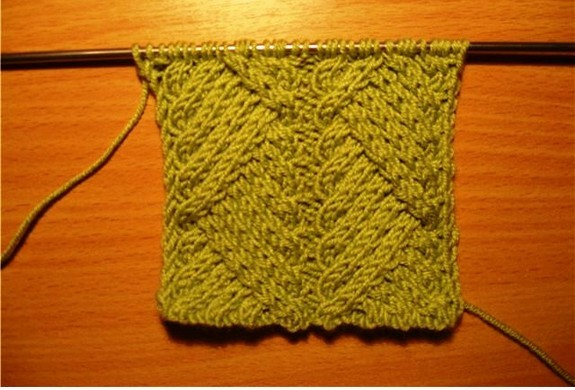 beautiful kintting pattern: knitting cable for scraf and sweater