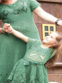 crochet dresses for mum and baby