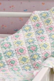 crochet gentle plaid for baby