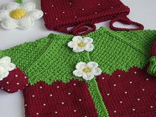 knitting strawberry hat and sweater for kids