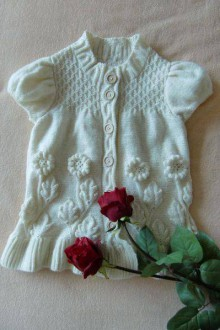 knitting oak leaves cardigan