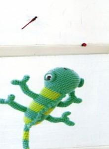 crochet amirugumi: crochet chameleon