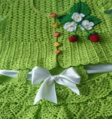 crochet beauty green jacket and skirt for girl