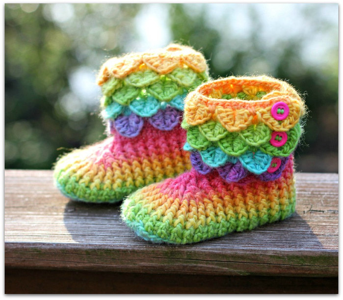 Free Crochet Patterns Using The Crocodile Stitch : free crocodile stitch crochet baby booties pattern