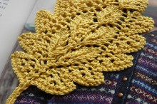 knitting beauty oak leaf bookmark