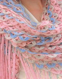 crochet crocodile shawl